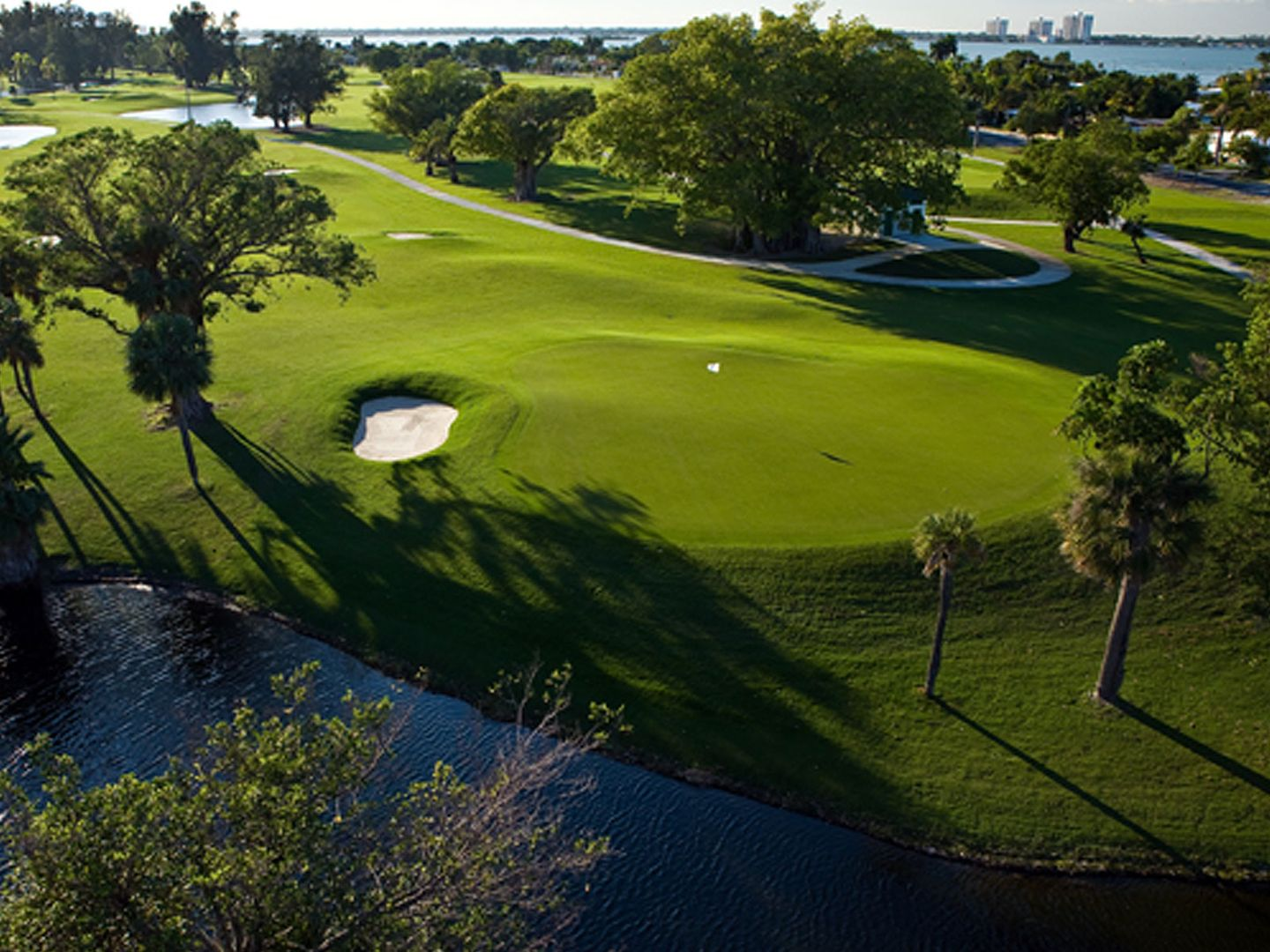 normandy shores golf course in miami beach, florida, usa